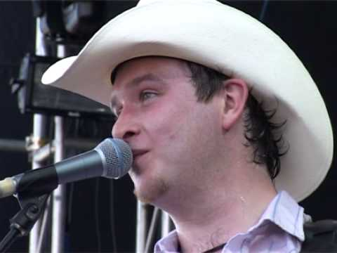 Mundy 'July' live @ Witness Festival in Ireland 2003