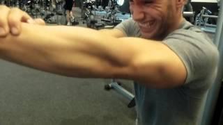Let's Pump Muscles #78 Was ist 7m lang und stinkt nach Pisse?