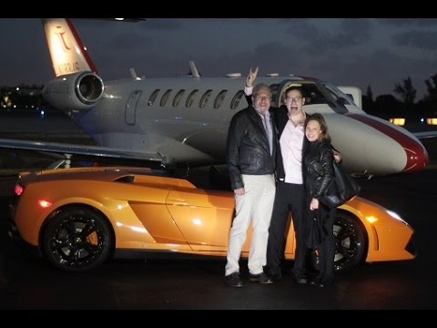 People Who Got Rich Trading Penny Stocks and How You Can Become A MIllionaire In 2017!
