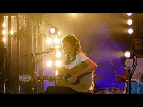 Courtney Barnett - 'MTV Unplugged' Session