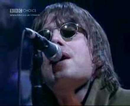 Oasis - Wonderwall (Live at Jools Holland 2000)