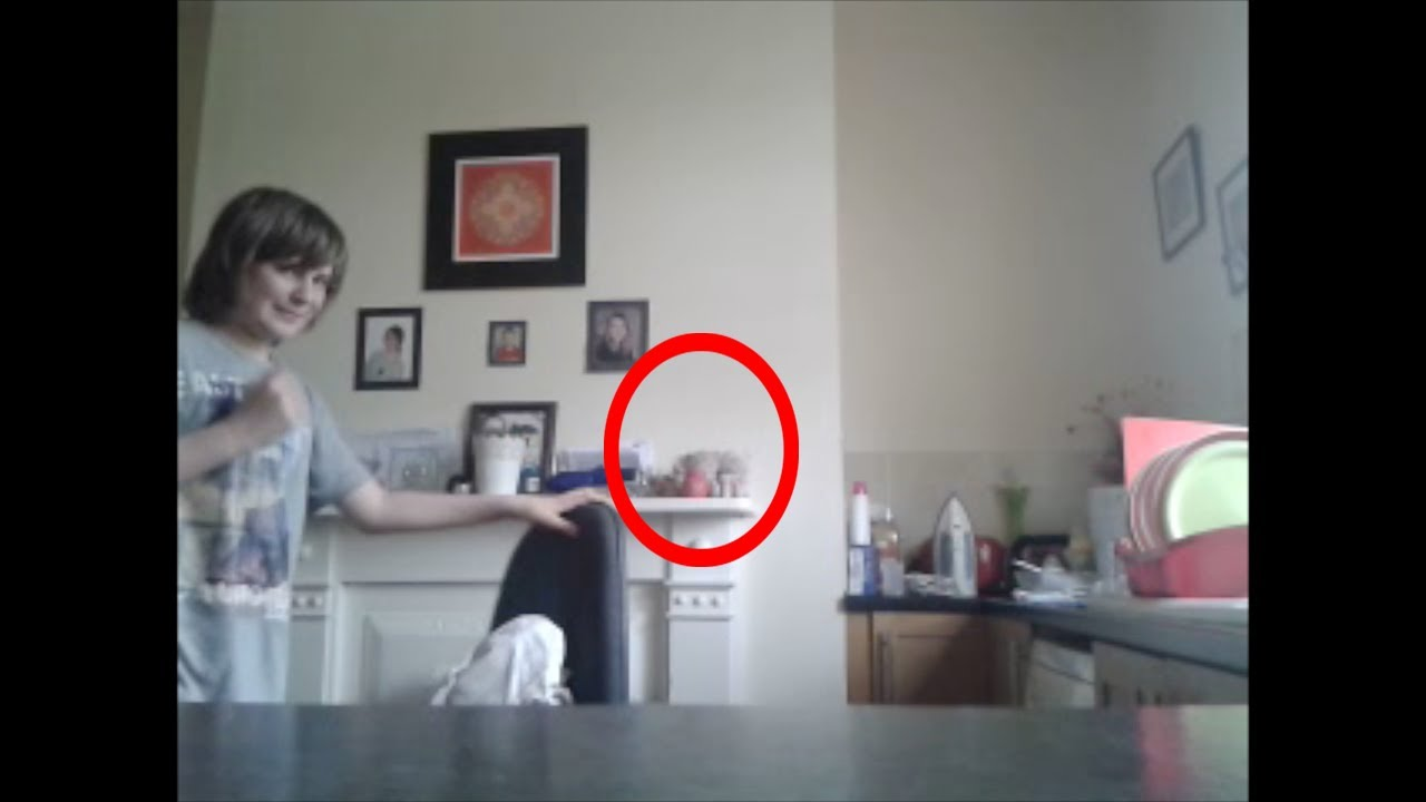 Ghost Move Object And Scares Kid Luke 39 S Haunting 3