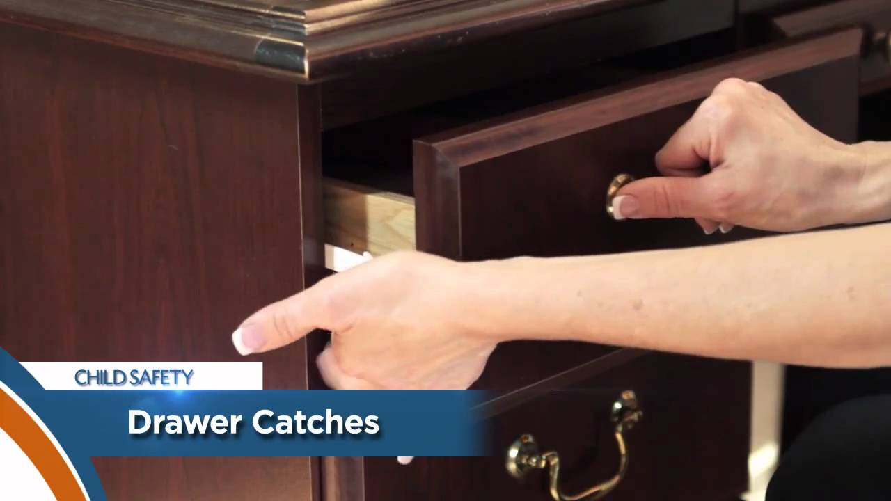 Child Safety Tip - Drawer Catch [149]
