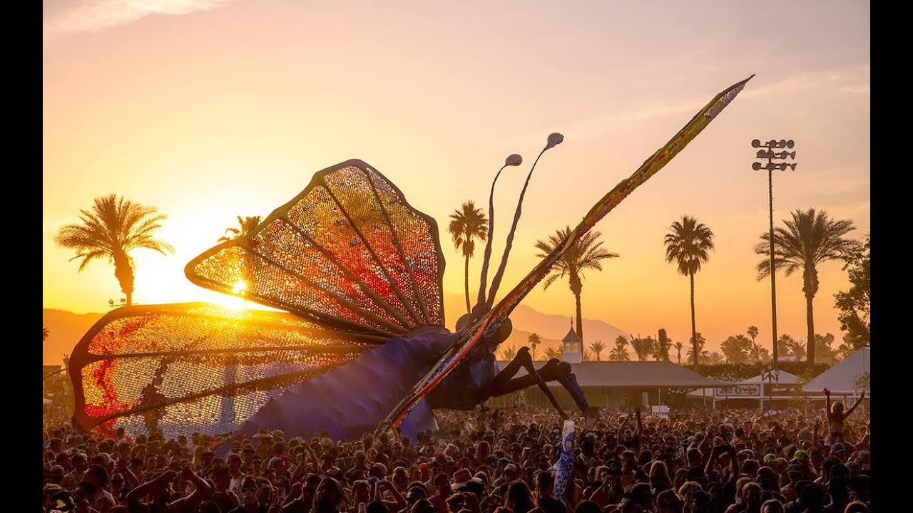 Jan 17,  · Its super awesome, GO!! The Coachella Valley Music and Arts Festival (also commonly referred to as simply Coachella) is a two-day annual music festival held Status: Resolved.