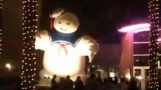 Stay Puft Saves Christmas