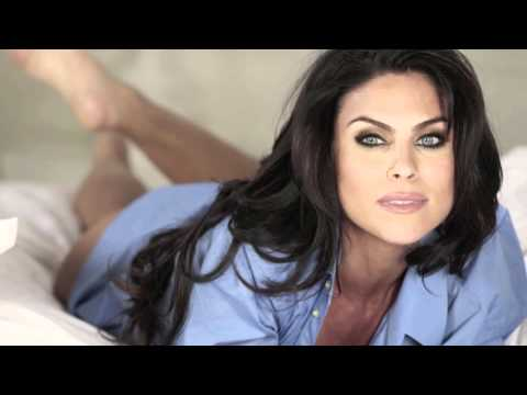 Nadia Bjorlin speaks swedish!