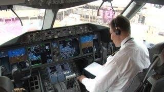 The 787 DREAMLINER - Inside the World