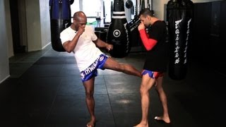 5 Kickboxing Kicking Techniques | Muay Thai