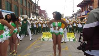Kentucky State Band Battle Against Texas Southern Pre (2018) Mardi Gras Parade