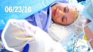 BIRTH VIDEO OF BABY TWINS TAYTUM AND OAKLEY (EMOTIONAL)