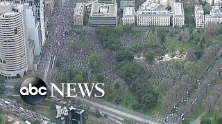 Thousands of young activists to march in Global Climate Strike l ABC News