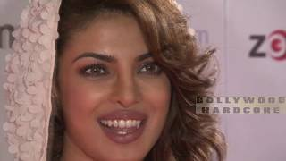 Priyanka Chopra's HOT Scene in Quantico (ABC) Official Trailer! Bollywood Celebs Reacts