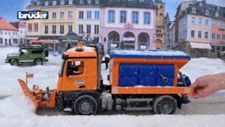 Снегоуборочная машина MB Arocs  Bruder 03-685 03685