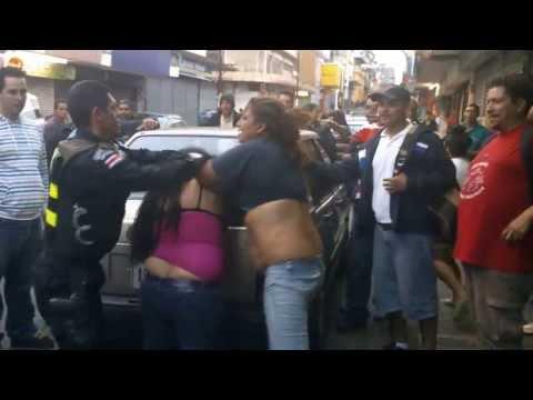 putas video peleas de prostitutas