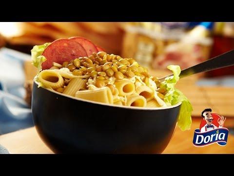 Ensalada de Rigatoni Doria con queso blanco, lentejas y salchicha
