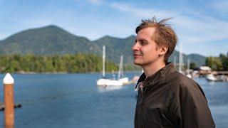 Till Reiners scheibt ein Comedy Set – inspiriert von seinem Trip nach British Columbia