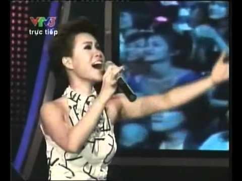 [24hMuaBan.vn] Phút đăng quang của Vietnam Idol 2010 Uyên Linh