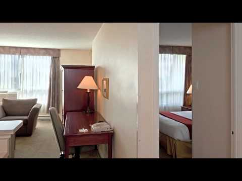 Holiday Inn Express and Suites Montreal Centre-Ville Downtown - Montreal, Canda