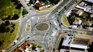 Decoding the magic roundabout