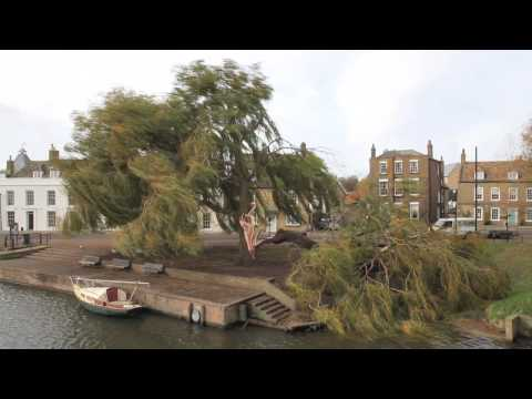 Storm Damage, Waterside, Ely (Canon 7D - HD Video)