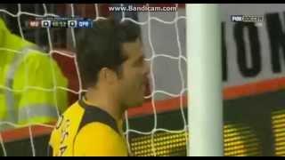 • Julio Cesar skills Rooney
