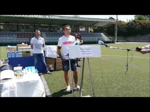 Iago Aspas entrega material sanitario a los servicios de urgencias de Moaña y Cangas