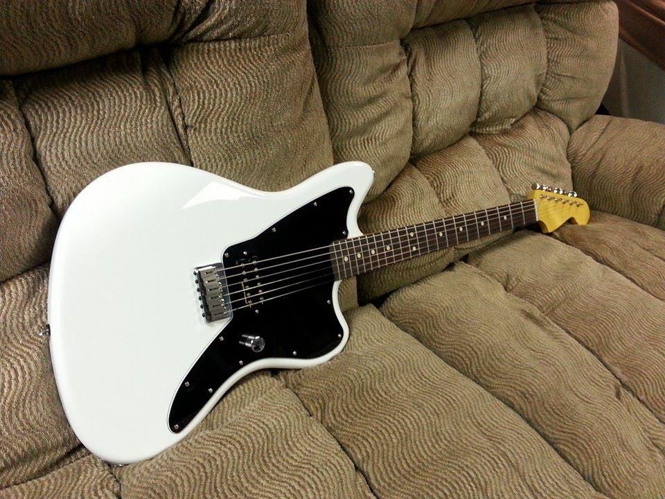Warmoth Fender Tom Delonge Obvious Jazzmaster