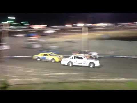 Factory Stock Heat & B Superbowl Speedway 9-29-18