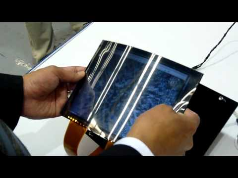 Toshiba flexes its paperthin LCD muscle
