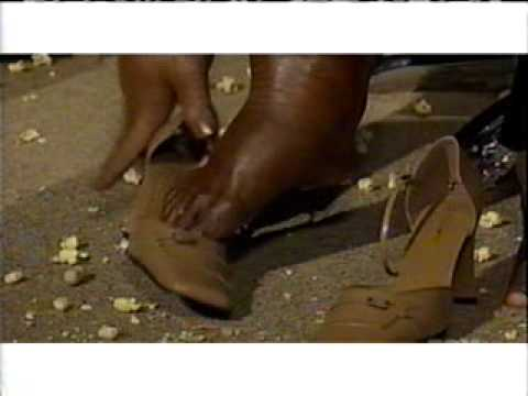 MAD TV-Star Jones Payless Shoes
