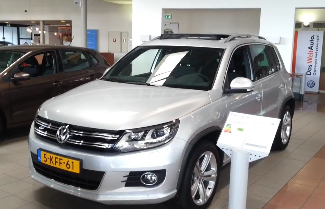 volkswagen tiguan 2013 r line in depth review interior. Black Bedroom Furniture Sets. Home Design Ideas