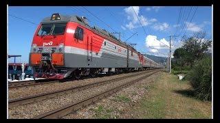 2ЭС4К 125 с поездом №282 Череповец — Адлер.