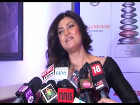 Sushmita Sen REACTS To Shahrukh Khan's FAN Trailer - Asiaspa Awards 2016