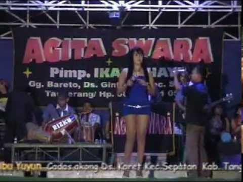 Dangdut Hot Lastri - kemarau