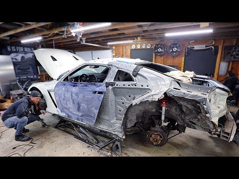 """Fixing the """"New"""" Door and Prepping the Wide Body Kit for Paint On my Budget Totalled Salvaged GTR"""