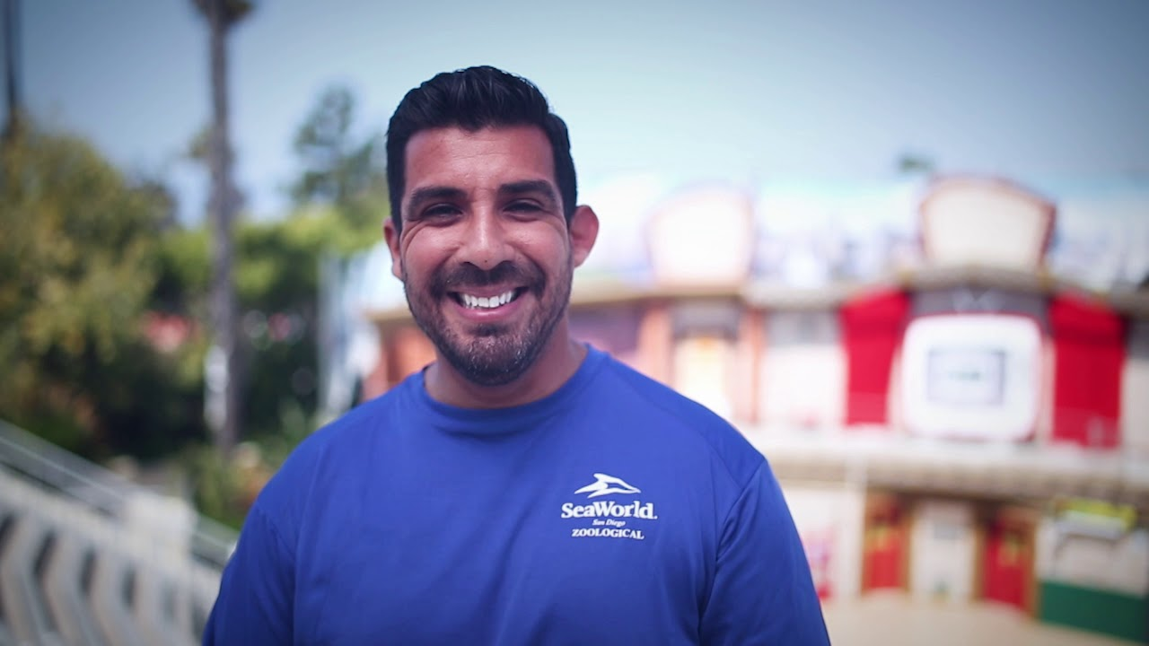 Jorge, entrenador de Sea Lions en SeaWorld San Diego