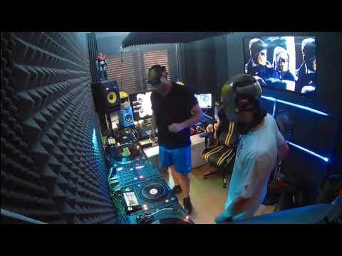 104 // The YellowHeads Studio Mix // 104