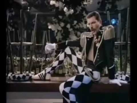 Freddie Mercury Living On My Own  (Extended Version 1985)