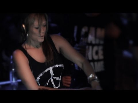 Gayle San @ BIG BANG - X-MAS BANG 25.12.2012 - Universal D.O.G - LIVE-Video