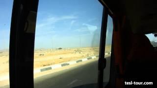 На египетском маршрутном такси с музыкой (In Egyptian minibus with music)