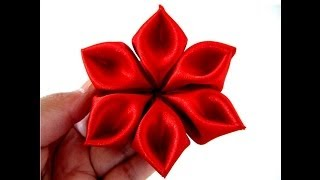 Aprenda a flor com pétalas diamante em fita