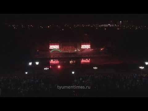 """Имперский марш из """"Звездных войн"""", исполняет тюменский симфонический на Набережной, Тюмень"""