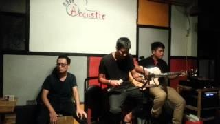 Mùa Yêu Đầu - Café Acoustic
