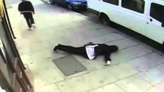 ضرب فتاة محجبة أحد شوارع بريطانيا