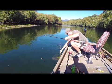 How Not To Get Blanked Musky Fishing On The New River!!