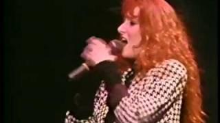 """Tiffany  """"Radio Romance"""" (Live)"""