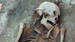 Найден скелет 18-метрового человека!
