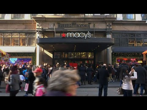 Shoppers Snap Up Deals on Black Friday