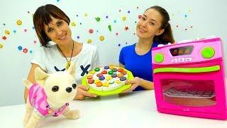 Видео для детей. NEW #Веселая Школа. Маша Капуки Кануки и собачка Чичилав идут в гости и едят тортик