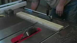 How To Build A Bat House : Cut The Ceiling & Floor Of A Bat House